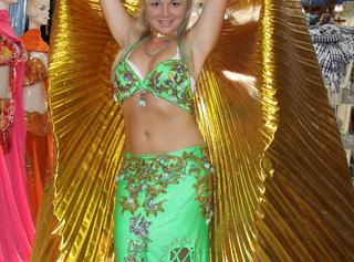 Bauchtänzerin in Sexy orientalische kleider