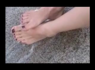 Lenis Fußdusche mit Prosecco
