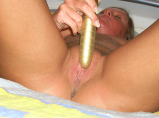 Mit meinem goldenen Vibrator gefickt